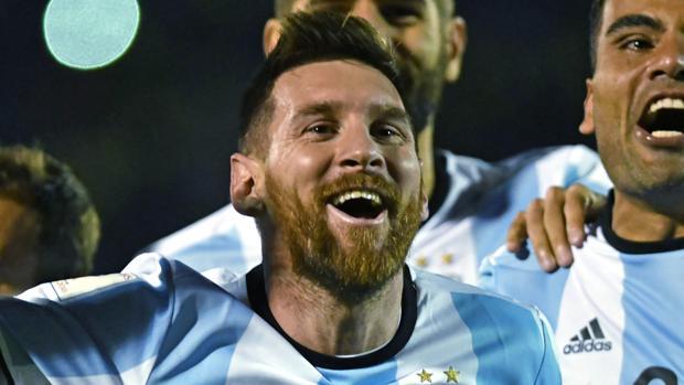 Messi celebra la clasificación de Argentina para el Mundial