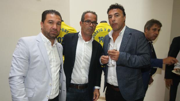 Juan Carlos Cordero y Quique Pina, con Álvaro Cervera.