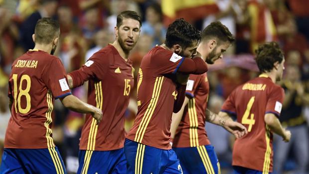 Ramos e Isco, dos de los jugadores más aclamados de la selección española de fútbol.