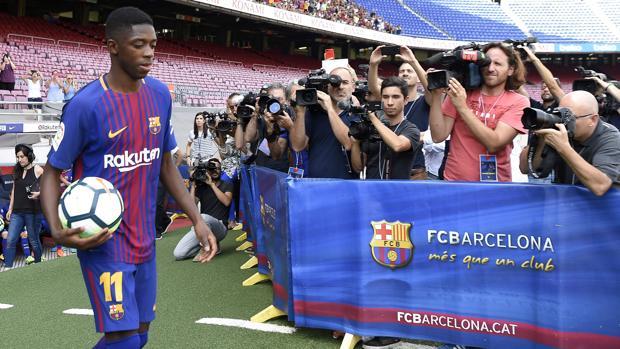 Ousmane Dembélé el día de su presentación con el Barcelona