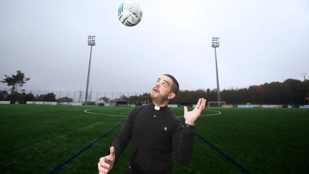 Marcos Torres, párroco de Lalín y presidente del club de fútbol de la ciudad