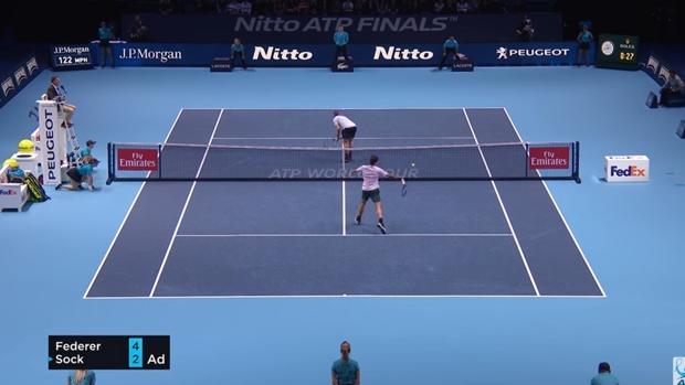 Sock descentra a Federer