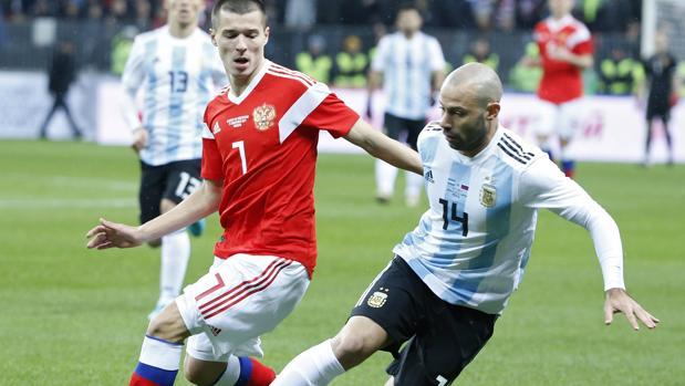 Mascherano, con la camiseta de Argentina ante Rusia