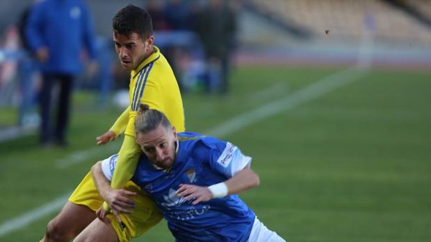 El Cádiz CF salió victorioso de Chapín.