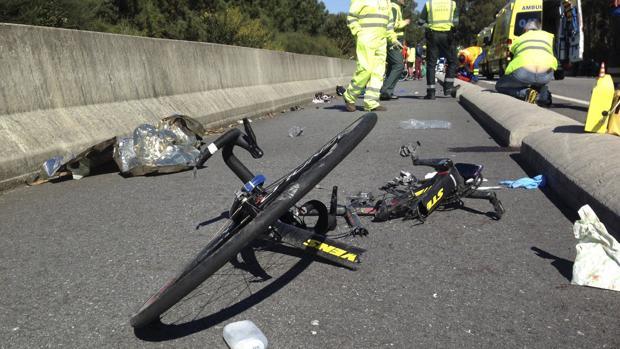 Una imagen de archivo de un accidente de tráfico con un ciclista involucrado