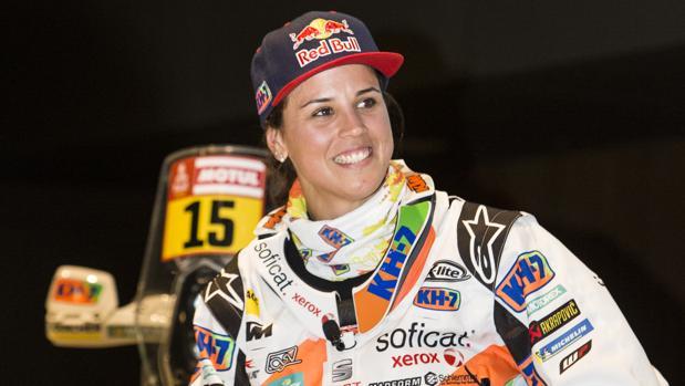 Laia Sanz posa para ABC antes de partir hacia Sudamerica para disputar el Dakar