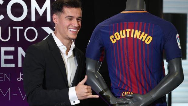 Countinho fue presentado este lunes por el Barcelona