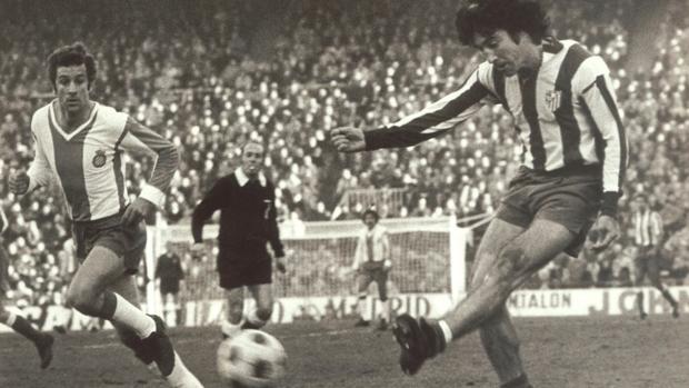 Panadero Díaz en el Vicente Calderón en un partido contra el Español
