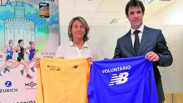 María Wandossel,d e Motorpress Ibérica, y David Guevara, delegado de Deportes