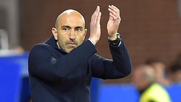 Abelardo Fernández durante un partido del Alavés