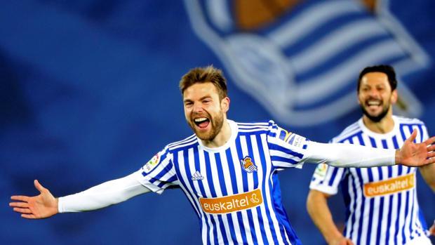 Illarramendi festeja el segundo gol ante el Deportivo