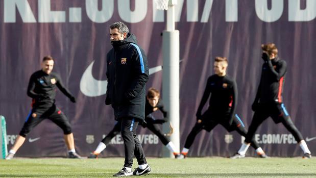 Valverde durante el entrenamiento del Barcelona