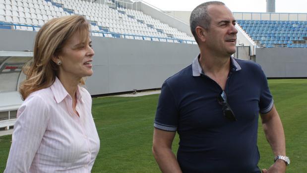 María Victoria Pavón, presidenta del Leganés, y su esposo, Felipe Moreno, el propietario