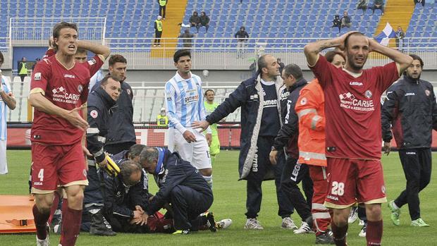 El jugador italiano Piermario Morosini falleció a causa de una muerte súbita en 2012