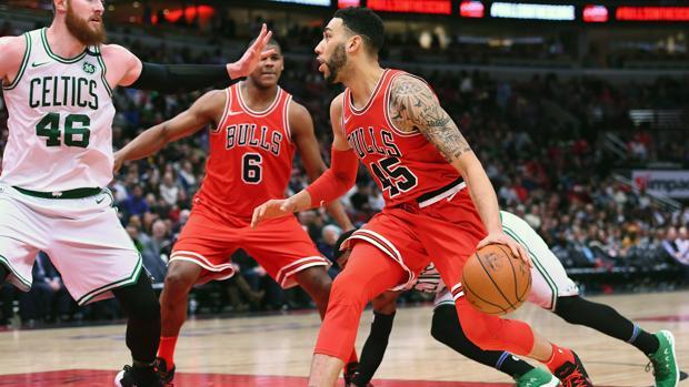 Denzel Valentine, de los Bulls, en un partido contra los Celtics