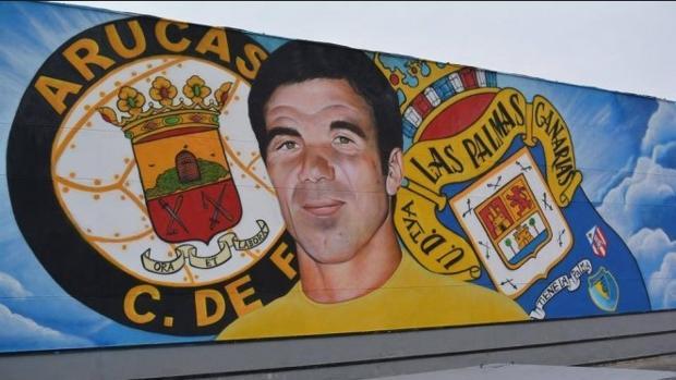 Mural dedicado a «Tonono», que jgó en el Arucas CF y en la UD Las Palmas
