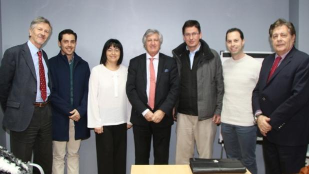 Mª Luz Lastras, alcaldesa de San Martín de Valdeiglesias junto Guillermo Poyán y Ángel Luis García, alcalde de Guadalix