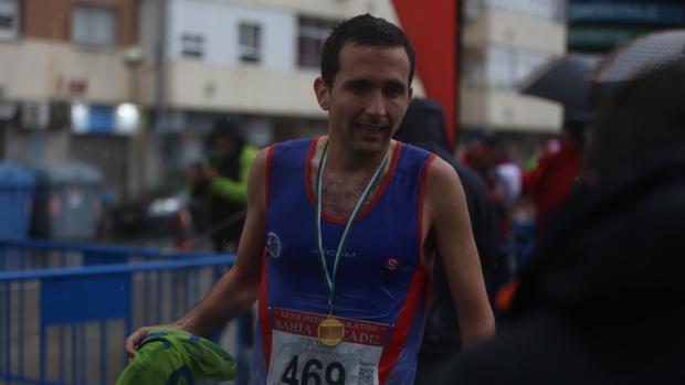 Jorge Soto, campeón de la Media Maratón Bahía de Cádiz 2018.