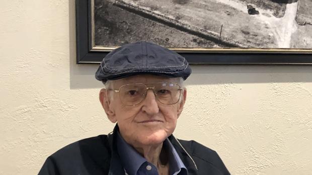 Dan Jenkins, a sus 89 años, es toda una institución en el periodismo de golf