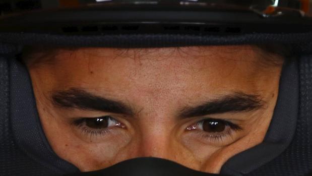 Marc Márquez, pensativo antes de unos entrenamientos
