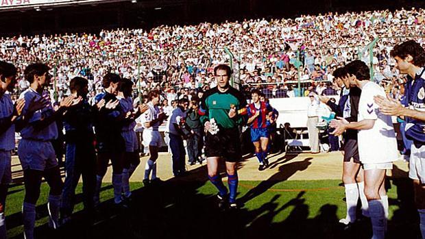 El Real Madrid hace pasillo al Barcelona en 1991