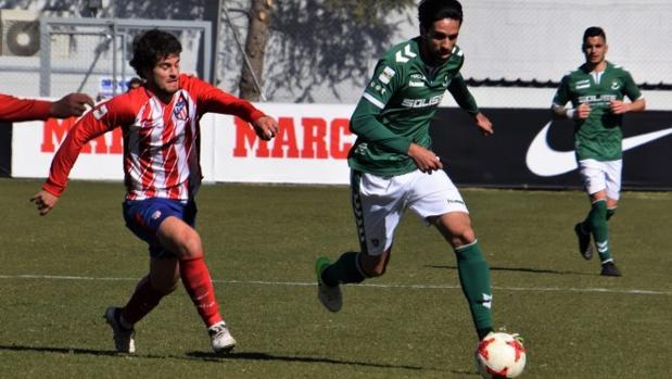 Lassad, del Toledo, en un partido de Liga ante el Atlético de Madrid