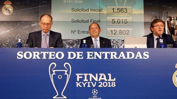 Los números entre el 1-563 y el 5-015 han resultado premiados en el sorteo de las entradas