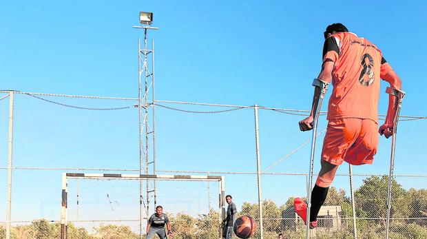 El equipo de fútbol de amputados de Palestina en un entrenamiento