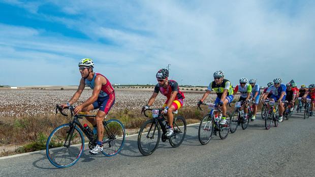 Los corredores tendrán una dura prueba en Doñana.