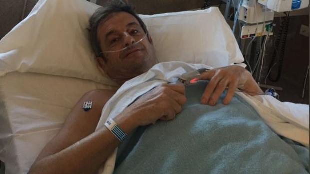 Luis Moya, fotografiado tras la primera operación que sufrió el pasado enero