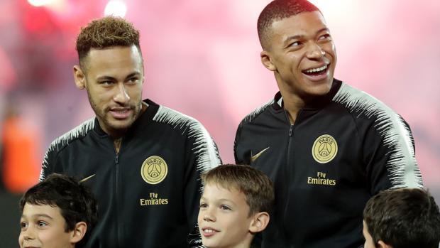 Neymar y Mbappe, con el PSG