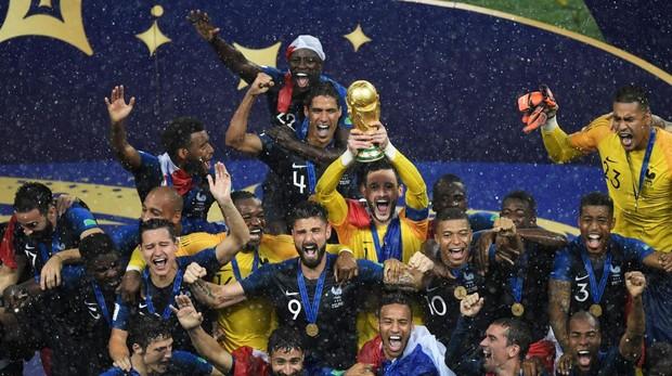 La selección francesa de fútbol celebra en Rusia el título mundial