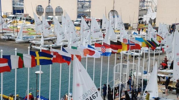 La competición se celebra en la Bahía de Cádiz del 28 al 30 de diciembre.