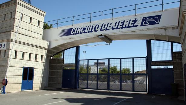 Imagen de la entrada del Circuito de Jerez.
