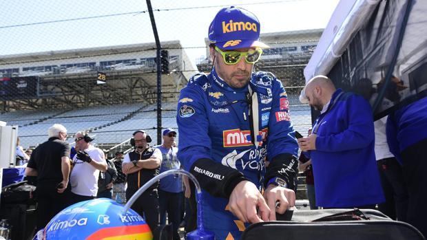 Alonso, durante los entrenamientos en Indianápolis