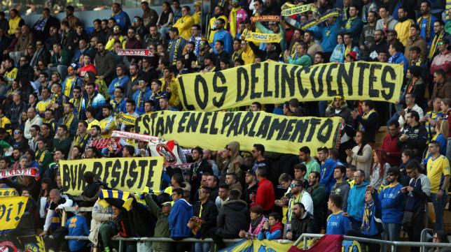 Las Brigadas Amarillas, colectivo dentro de la afición del Cádiz, desmiente los cánticos racistas hacia Chota