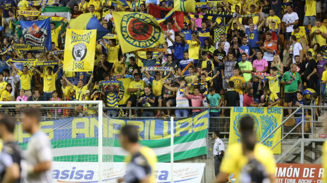 Brigadas Amarillas, el motor de animación del estadio Carranza.