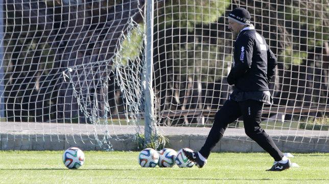 Claudio Barragán en un entrenamiento en El Rosal