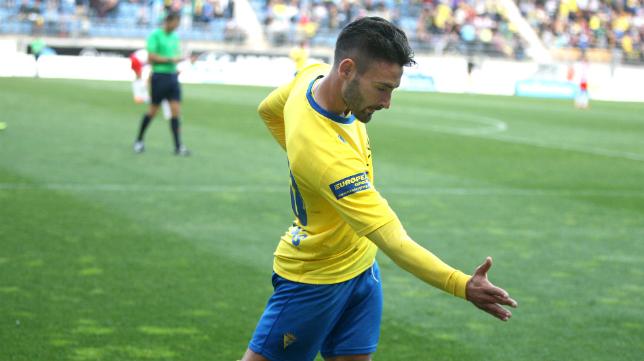 Kike Márquez coincidirá con Güiza en el Cádiz CF