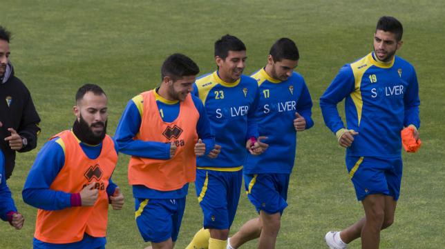 Alberto, Navarrete y Tomás pueden ser de la partida en Arroyo.