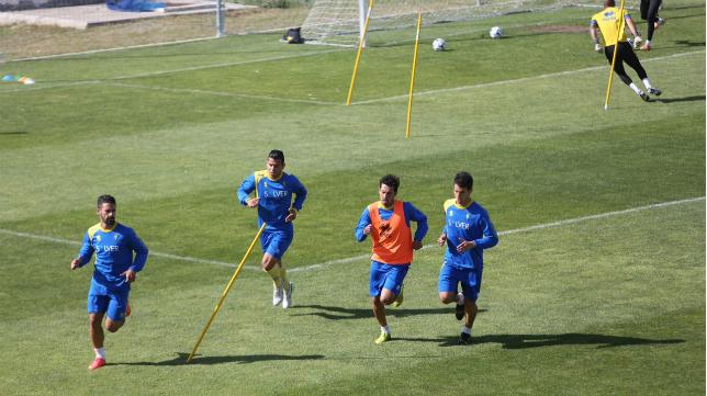 El Cádiz CF regresó a los entrenamientos en El Rosal