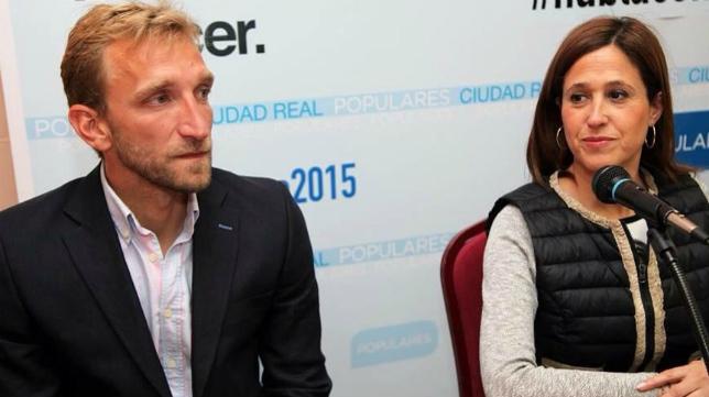 Diego Rivas, junto a la candidata a la Alcadía de Ciudad Real por el PP, Rosa Romero.