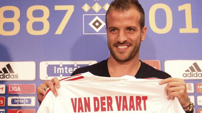 Van der Vaart anuncia su retirada.