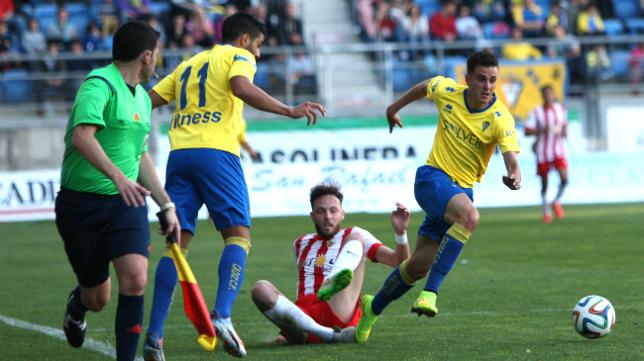 El Almería B no llega esta temporada en las mismas condiciones al Carranza