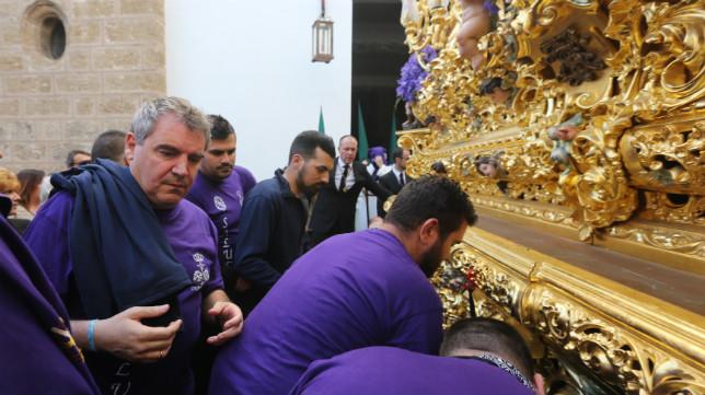 Manuel Vizcaíno ha sido cargador del Señor de la Salud de Cigarreras.