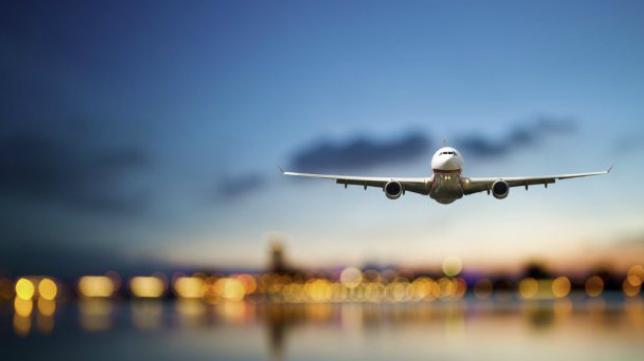 El Cádiz CF pondrá un vuelo chárter para viajar a Oviedo