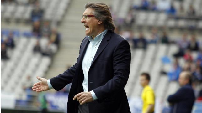 Sergio Egea ha citado a toda la plantilla del Real Oviedo
