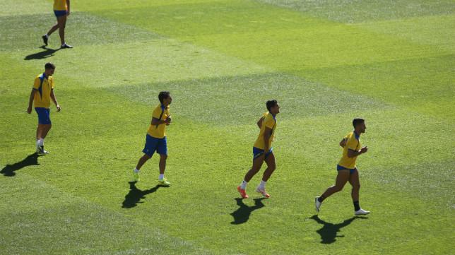 El Cádiz CF entrenó esta mañana en Carranza.