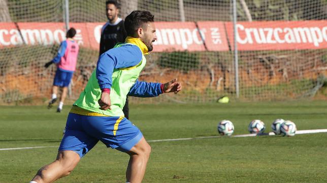 Kike, en un entrenamiento en El Rosal.
