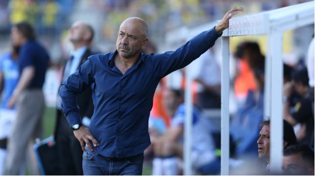 El entrenador del Cádiz CF, Claudio Barragán.